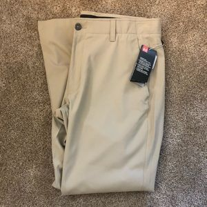 Under Armour Men's Golf pants Tan NWT Size 36x30